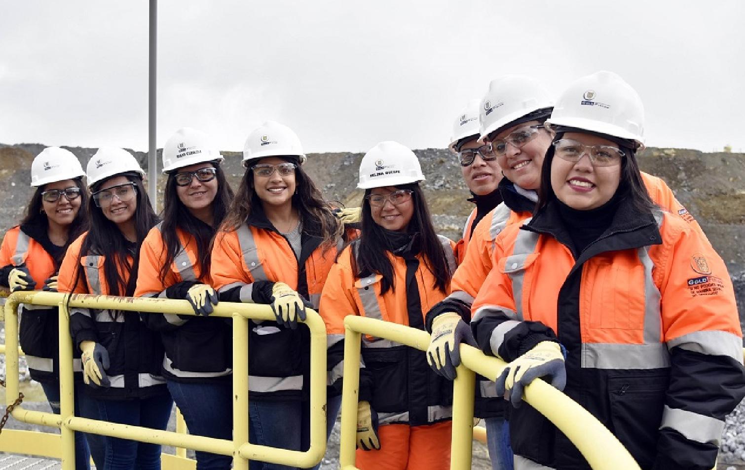Actualidad Minera Instituto De Ingenieros De Minas Del Peru En nuestro caso todo empezó así con un ovillo y dos. actualidad minera instituto de
